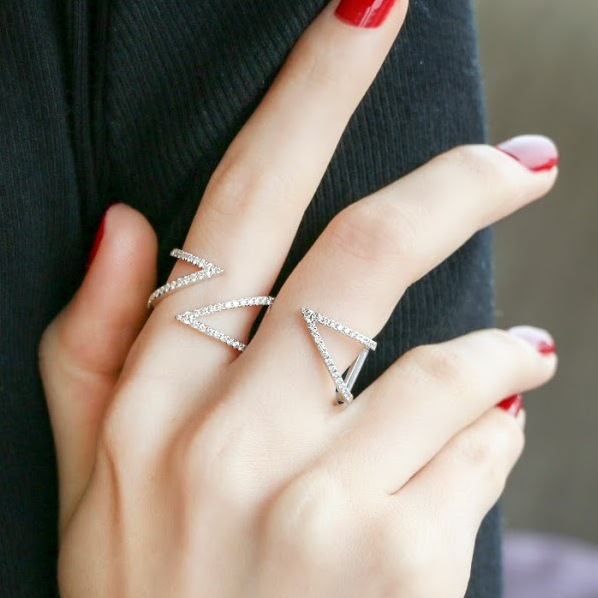 two finger rings sydney - two finger engagement ring - jewellery trends australia